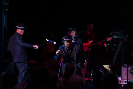 New Edition Rocks The Fantastic Voyage