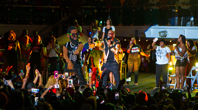 Fantastic Sail Away Party, Featuring R. Kelly and Legends of Hip Hop: Straight Outta Compton Edition